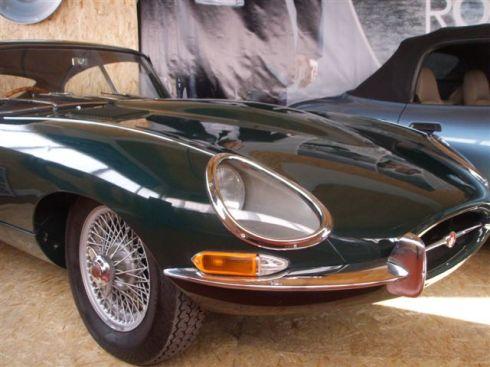 Jaguar_E-Type_1962_FHC.jpg