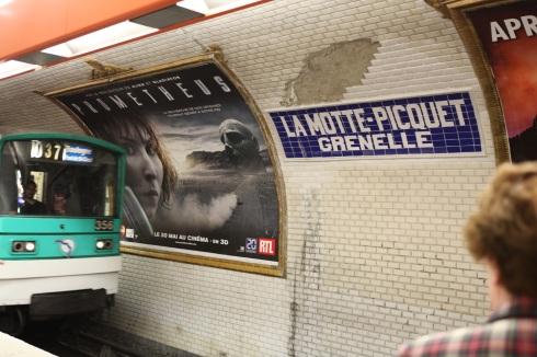 noomi rapace paris metro