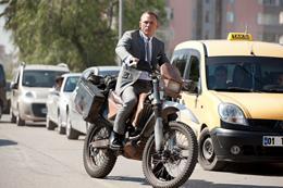 Bond (Daniel Craig) pursues Patrice through the steets of Turkey