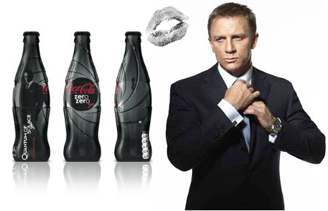 Daniel Craig as James Bond with Coca Cola zero zero 7, here in Quantum Of Solace 2008