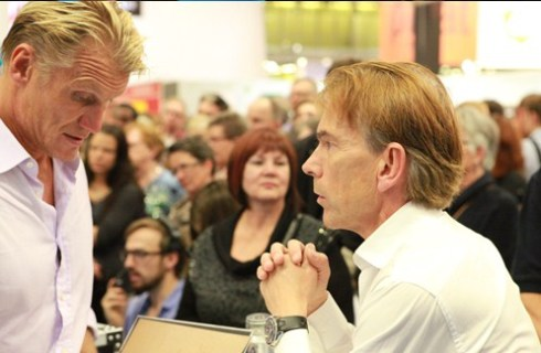Dolph Lundgren met Swedish James Bond Gunnar Schäfer owner of the James Bond 007 Museum, located in Swden Nybro