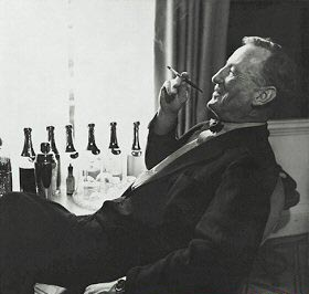 ian_fleming_relaxed