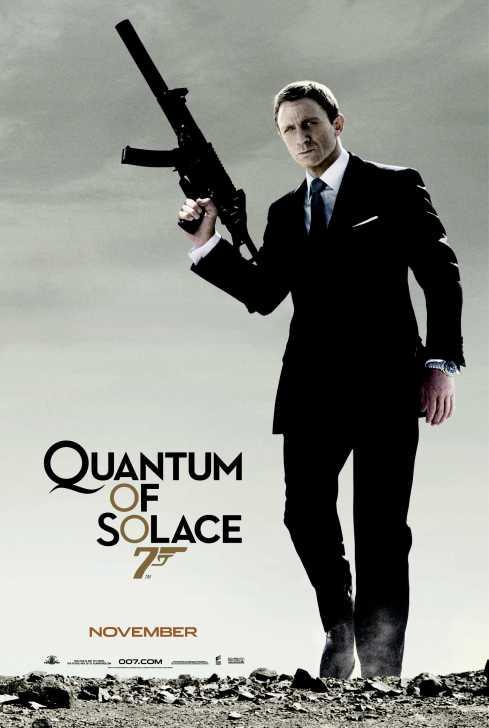 Quantum of Solace är en direkt fortsättning på Casino Royale 2006, vilket betyder att detta är den första direkta uppföljaren till en tidigare film i Bond-serien.