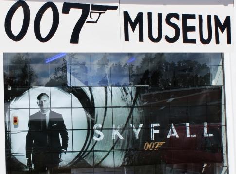 007museum_skyfall2