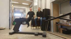 007_museum_gun_robin